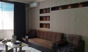 2-х переделанная в 3-х комнатная квартира в районе аэропорта