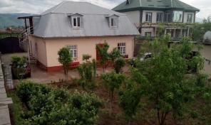 Дом из 8 комнат, 8 соток в районе Колхоз России